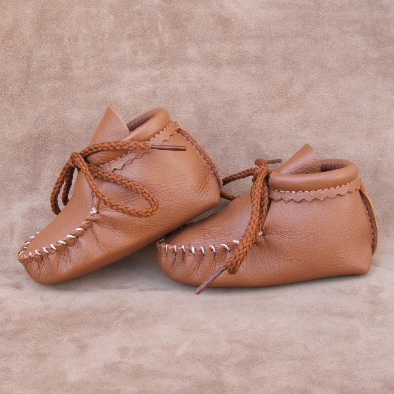 Saddle Infant Booties
